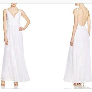 Shelli Segal white gown